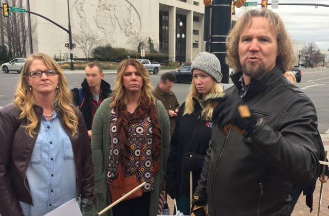 Decriminalize Polygamy Kody Brown Fights For Plural Marriages